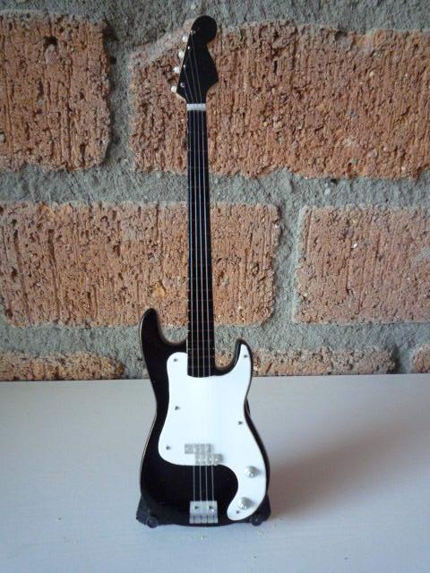 Miniatuur Precision Bass incl. stand (div. kleuren)-2453