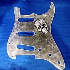 Skull 3D Dirty Metal Strat Pickguard-Silver -0